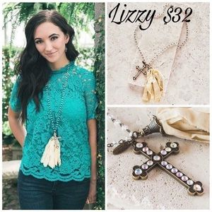 Plunder Lizzy necklace